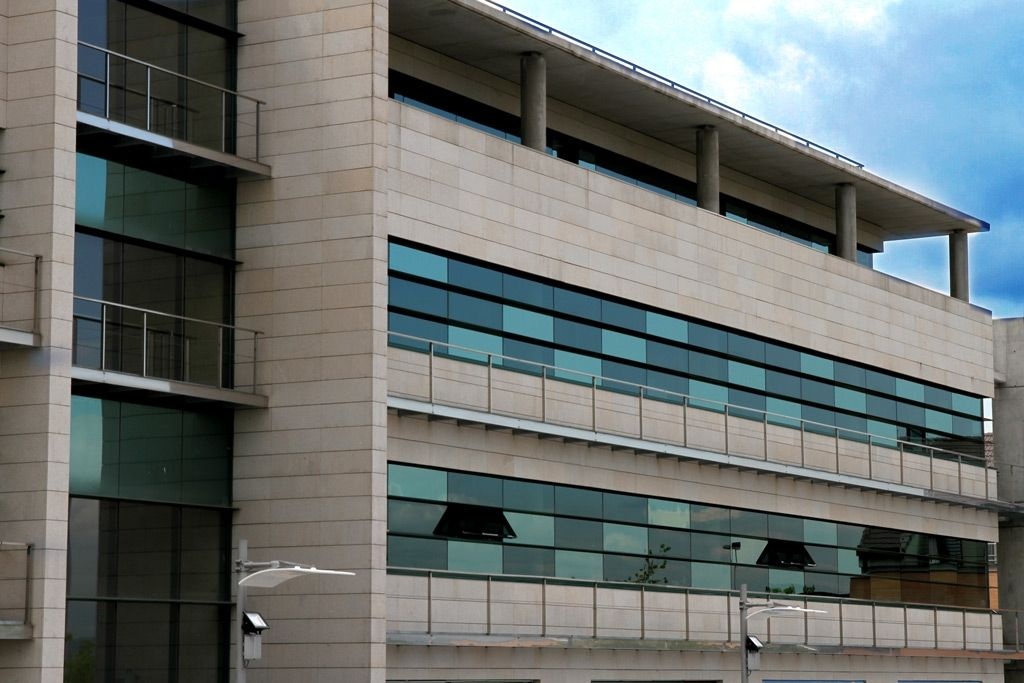 edificio triunfa con linkedin